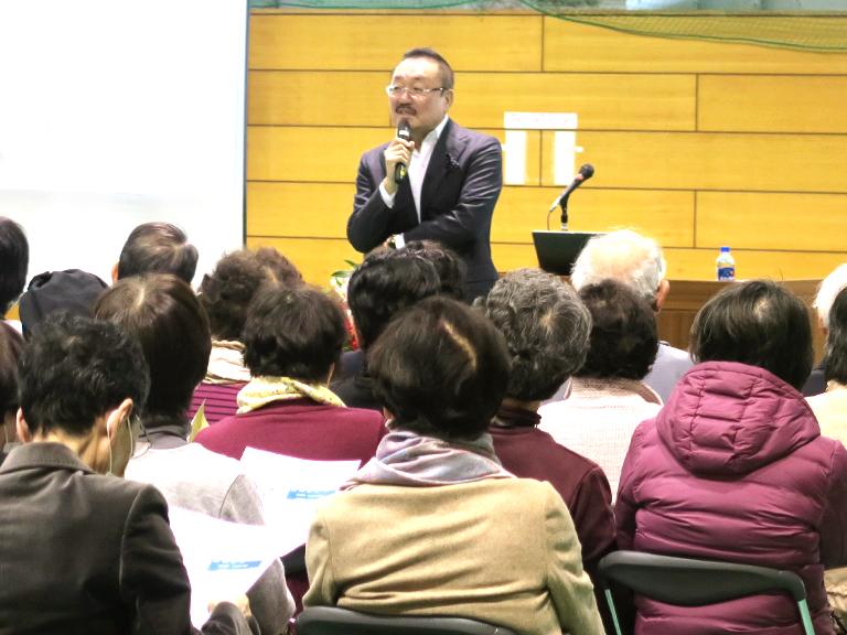 """田中俊一理事長が、""""人生が変わる睡眠の方法 〜眠りと運動の効果〜「体と脳を変える質のよい睡眠」""""というテーマで、2017年1月28日(土)逗子市役所にて講演をいたしました。"""